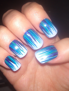 blue-waterfall-nails