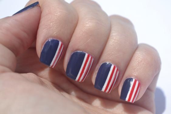 Memorial-Day-nails