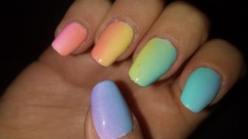 pastel-rainbow-gradient-ombre
