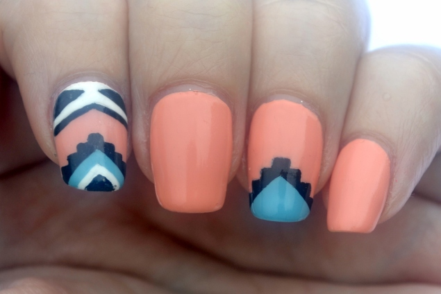 31DC-Day-16-tribal-nails-3