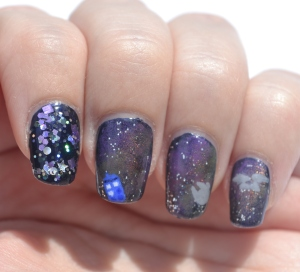 31DC-Day-19-galaxy-nails-4