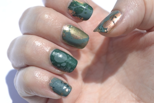 31DC-Day-4-green-waterspotted-nails-1