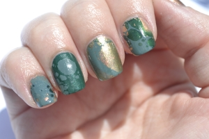 31DC-Day-4-green-waterspotted-nails-2