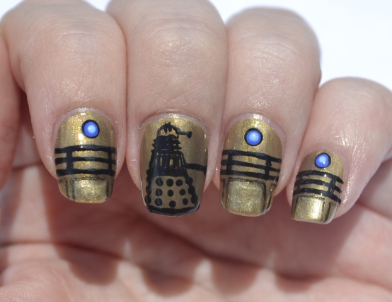 31DC-Day-8-Dalek-nails-1