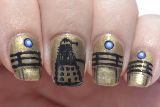 31DC-Day-8-Dalek-nails-2