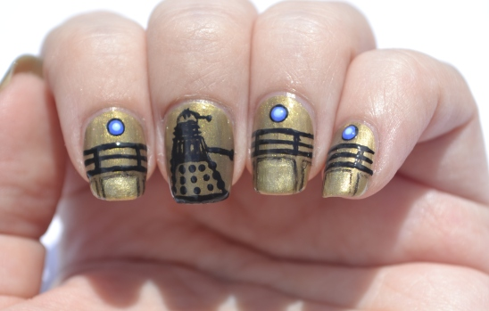 31DC-Day-8-Dalek-nails-3