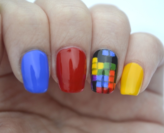 31DC-Day-9-Tetris-nails-3
