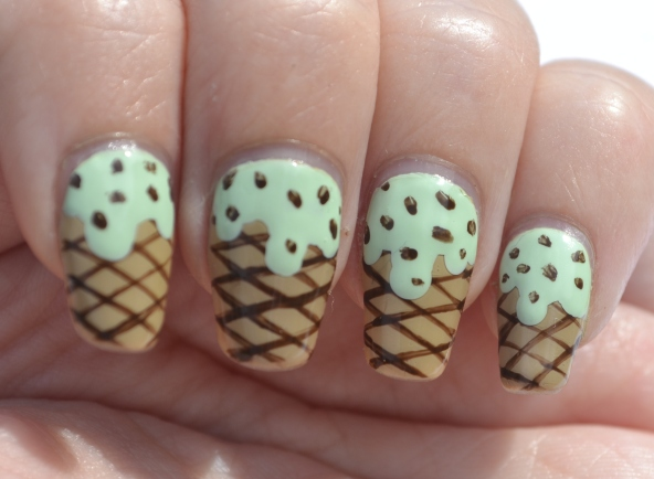 OMD2-Day-1-mint-icecream-nails-3
