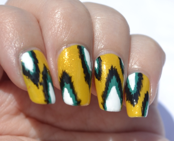 OMD2-Day-13-ikat-nails-2