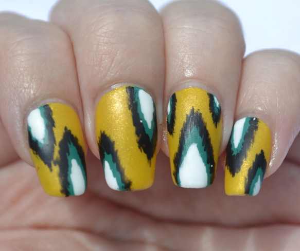 OMD2-Day-13-ikat-nails-4