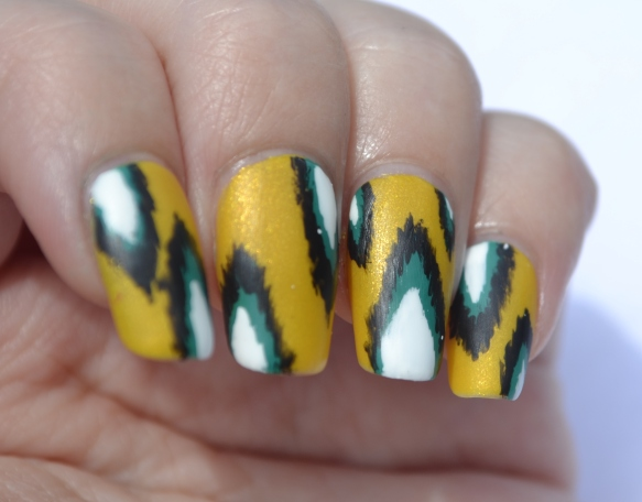 OMD2-Day-13-ikat-nails-5