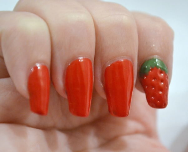 OMD2-Day-24-strawberry-accent-nail-1