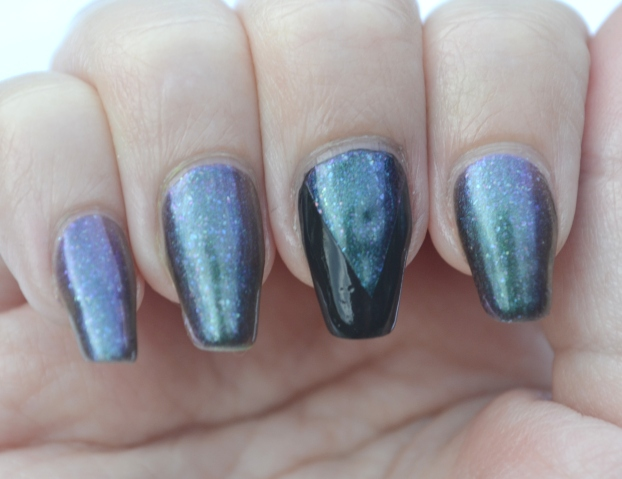 OMD2-Day-6-duochrome-nails-1
