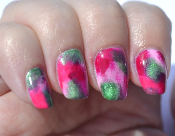 Pink-splodged-nails-1