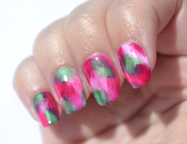 Pink-splodged-nails-2