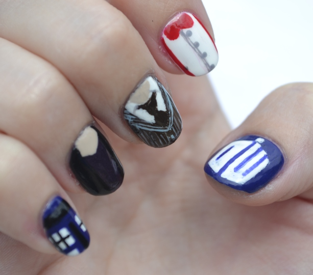 Doctor-Who-wedding-nails-8