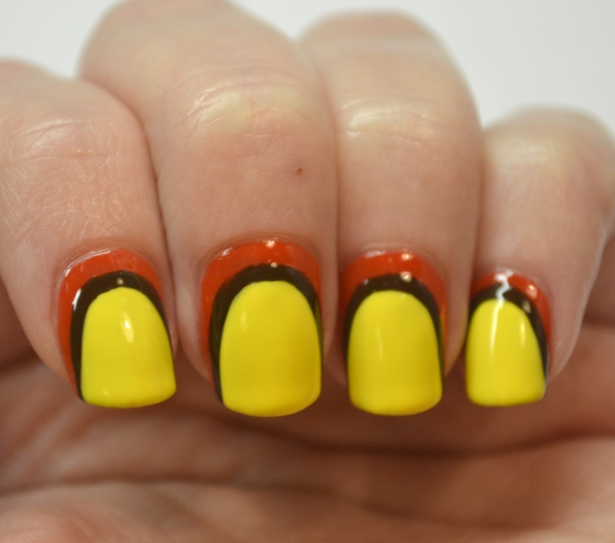 Blogger-Bragger-Autumn-Nail-Art-Challenge-Week-3-Yellow-1