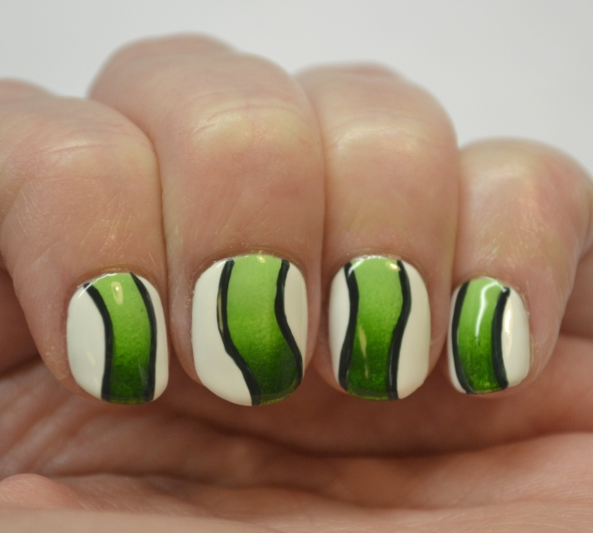 Blogger-Bragger-Autumn-Nail-Art-Challenge-Week-4-Green-1