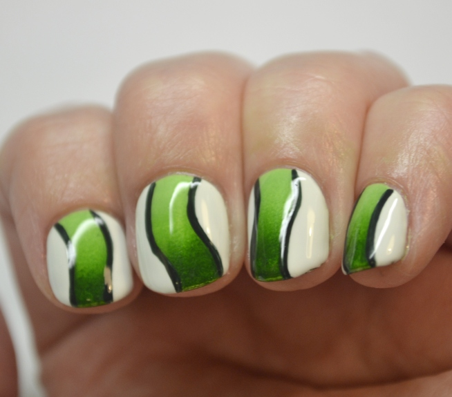 Blogger-Bragger-Autumn-Nail-Art-Challenge-Week-4-Green-3