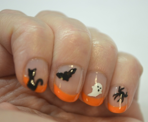 CYNA-Halloween-theme-classic-orange-and-black-2
