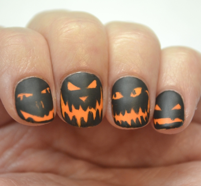 CYNA-Halloween-theme-pumpkin-faces-4