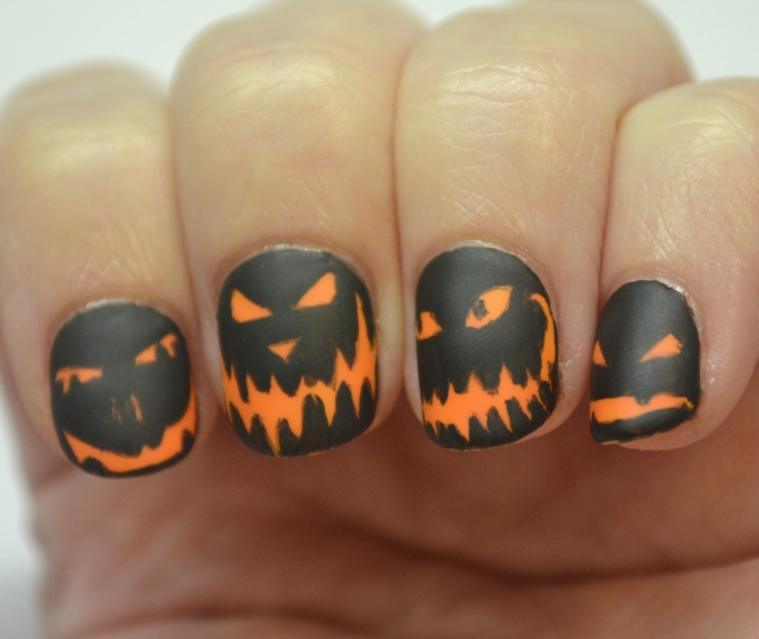 CYNA-Halloween-theme-pumpkin-faces-6