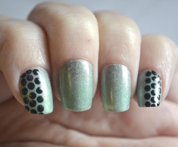 Dots-over-gradient-1