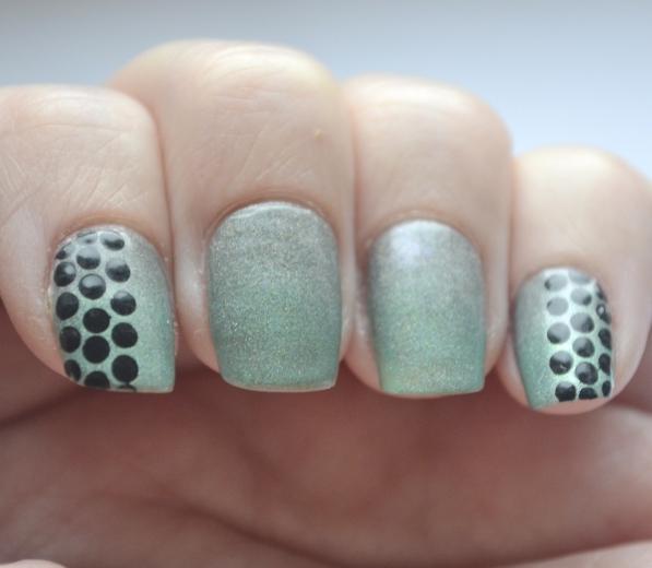 Dots-over-gradient-6