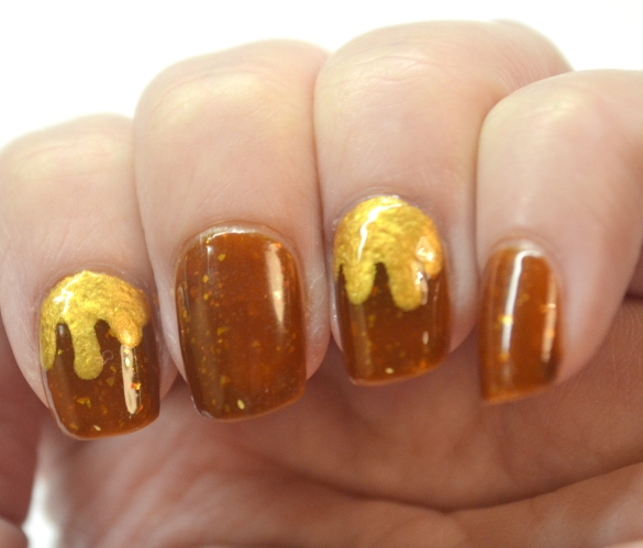 Melted-gold-nails-3