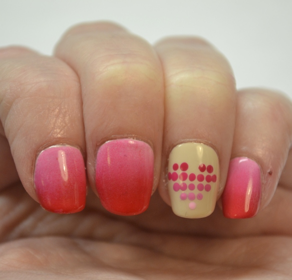 Dotted-gradient-heart-Valentine-nails-1