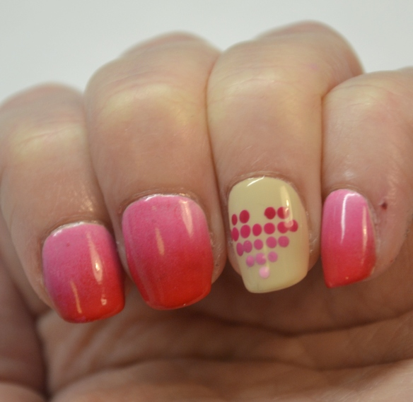 Dotted-gradient-heart-Valentine-nails-3