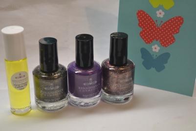 Renaissance-Cosmetics-nail-mail