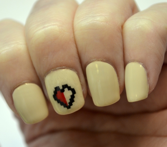 Day-18-Love-8-bit-heart-nails-3