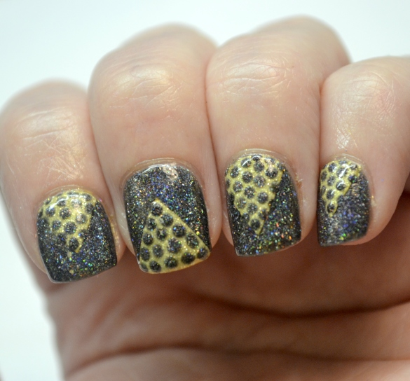 Day-4-Black-and-Gold-chevron-and-dots-3