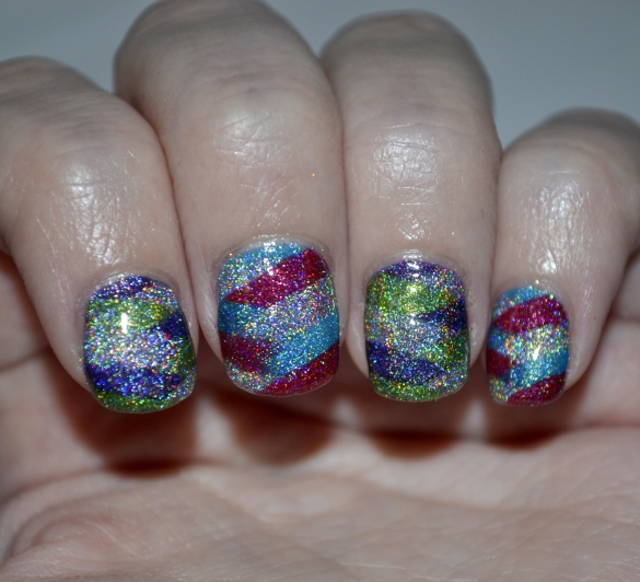 Day-5-Colorful-braided-holo-nails-4