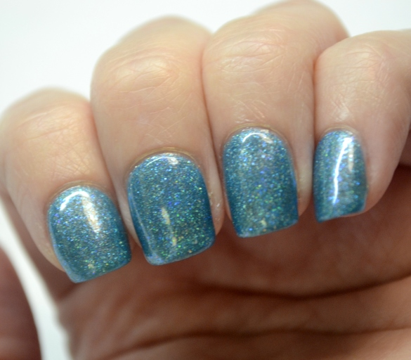 Paint-Box-Polish-Northern-Lights-over-ILNP-Float-On-3