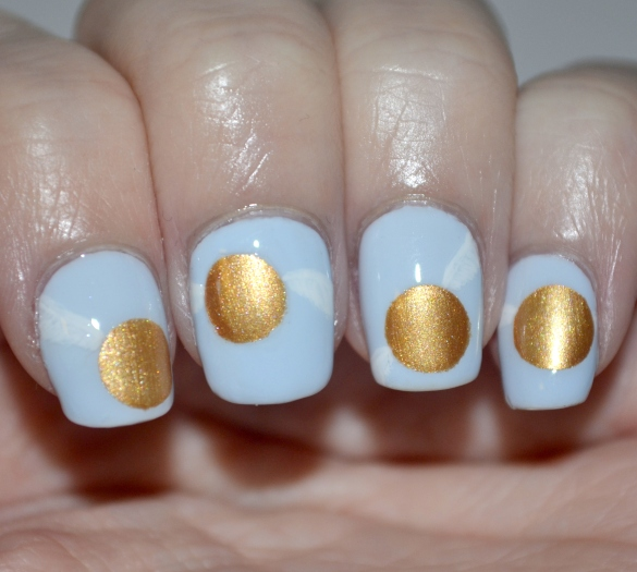 Day-27-Wings-golden-snitch-nails-4