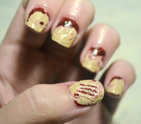Bloody-Halloween-nails-6
