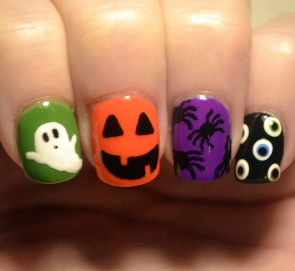 Halloween-skittle-creepy-cliches-mani-1