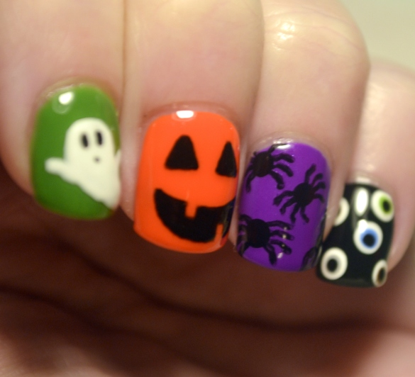 Halloween-skittle-creepy-cliches-mani-2