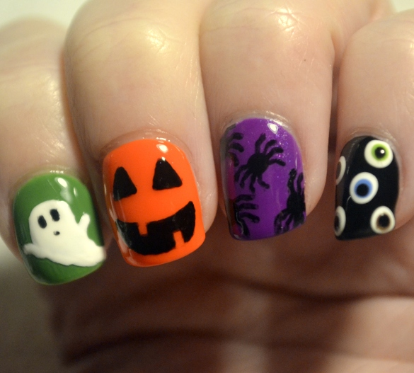 Halloween-skittle-creepy-cliches-mani-3